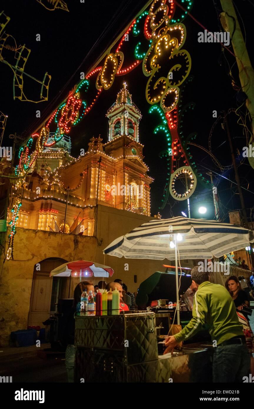 Festa religiosa nel villaggio di Fontana Gozo Malta Immagini Stock