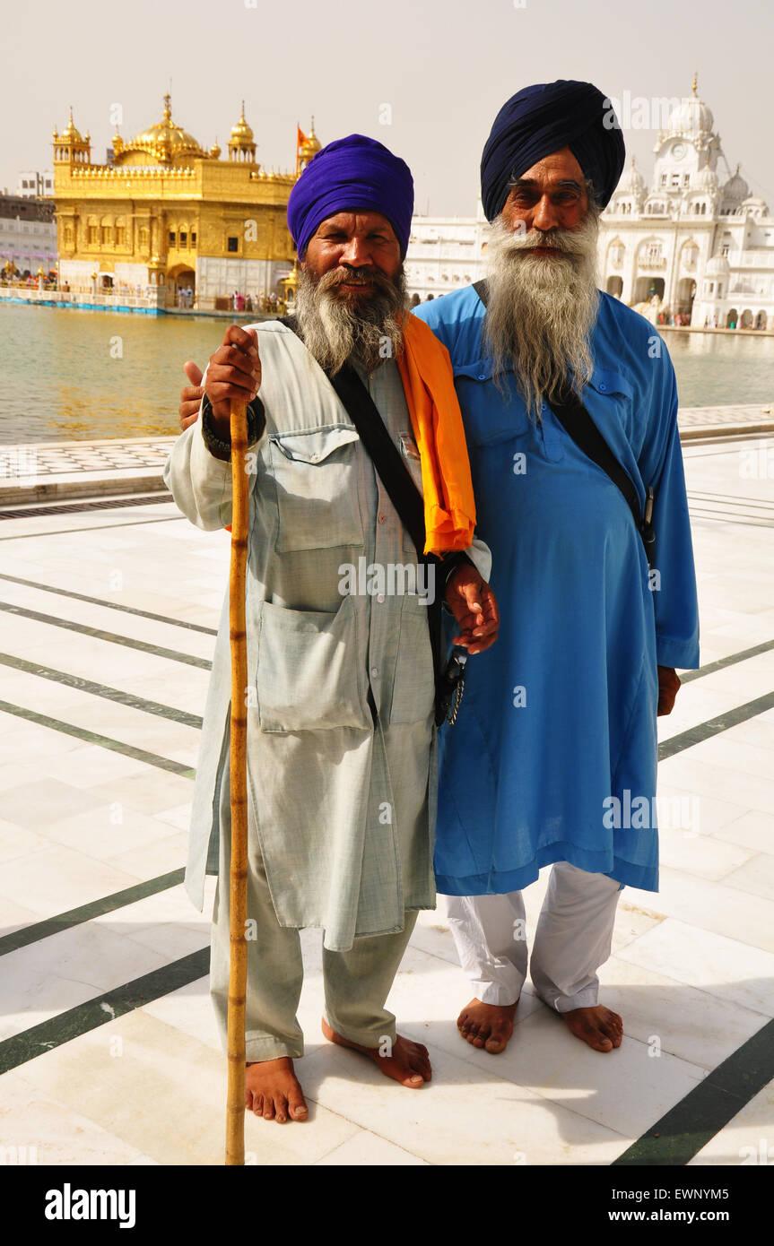 Gli uomini di religione sikh, Tempio d'Oro Immagini Stock