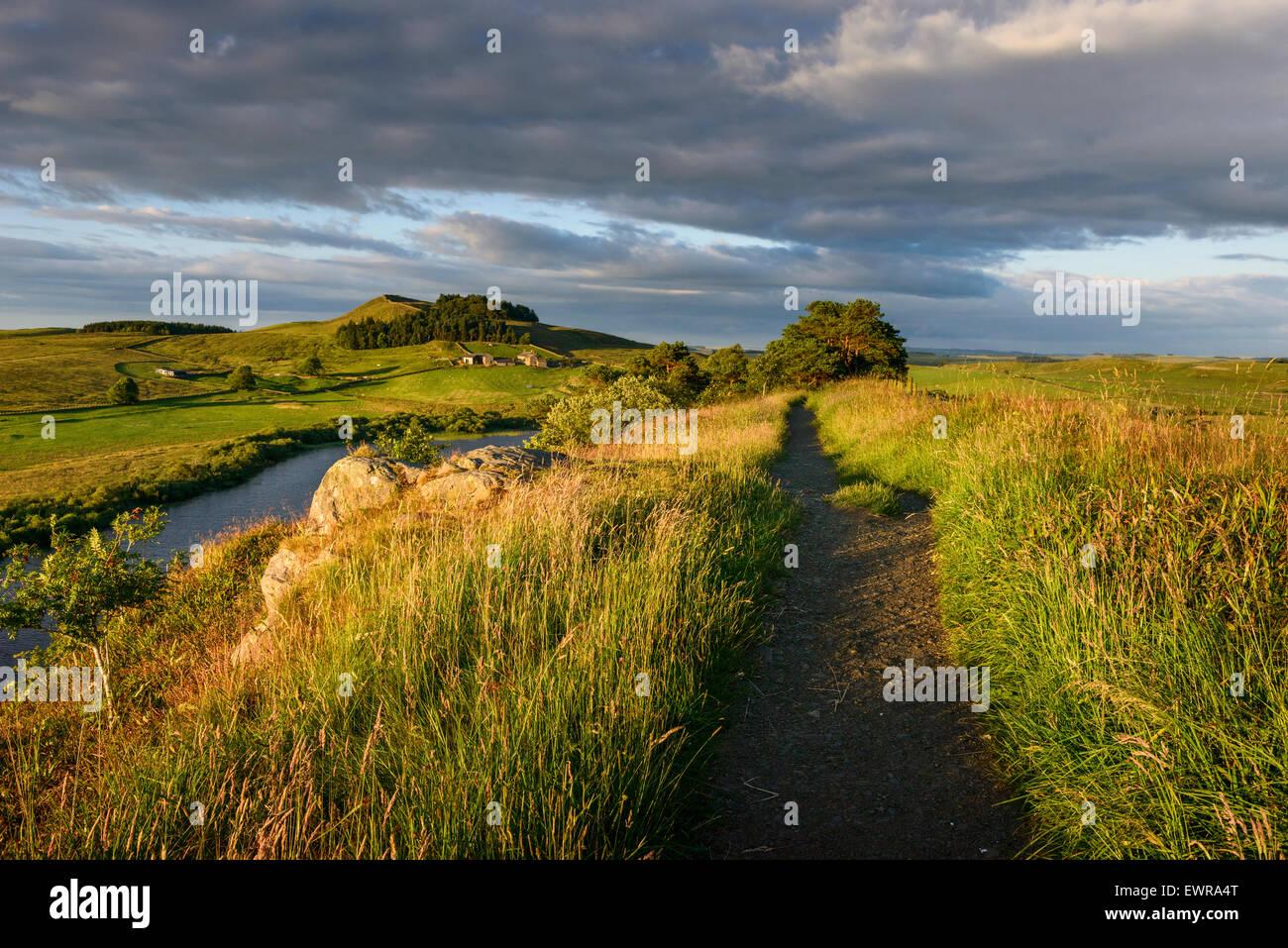 Il Vallo di Adriano a lunga distanza trail Immagini Stock