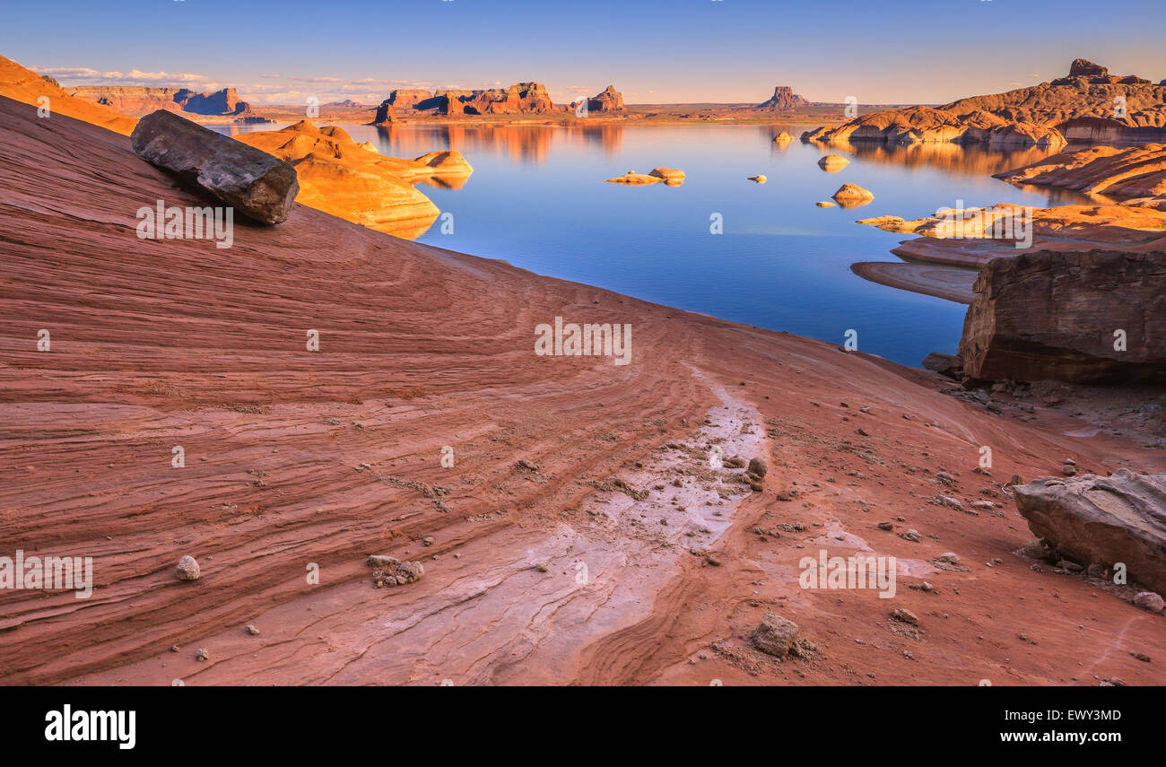 Padre Bay, dal Cookie Jar Butte. Il Lake Powell, Utah, Stati Uniti d'America Foto Stock
