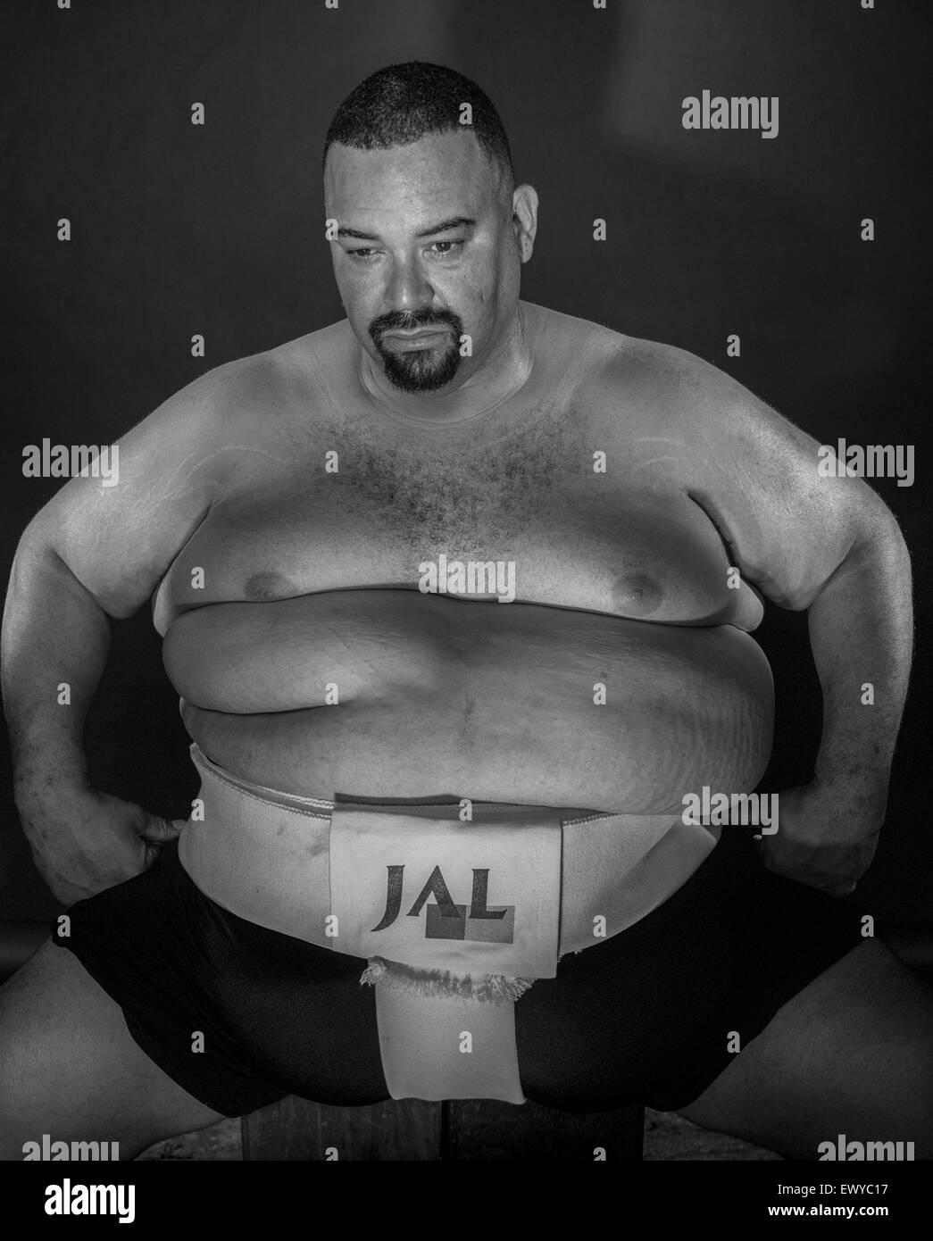 Long Beach, CA - agosto 5- lottatori di sumo a Stati Uniti sumo open a Long Beach, California il 5 agosto 2001. Immagini Stock