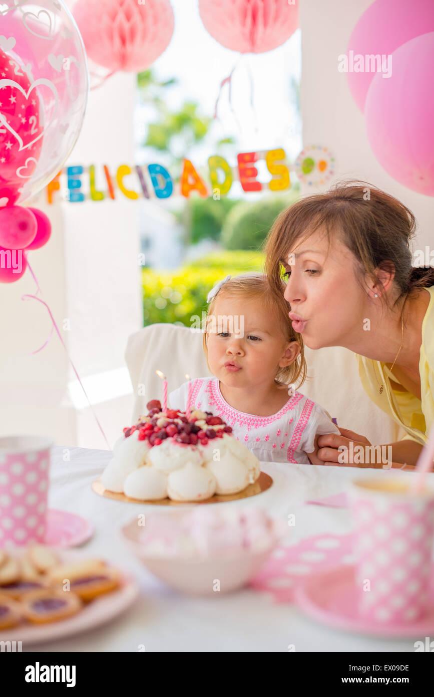 Party in giardino per la figlia 's compleanno Immagini Stock