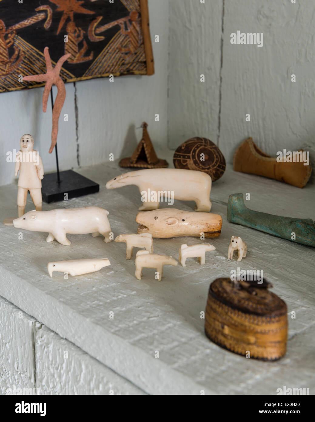 Inuit sculture in avorio Immagini Stock