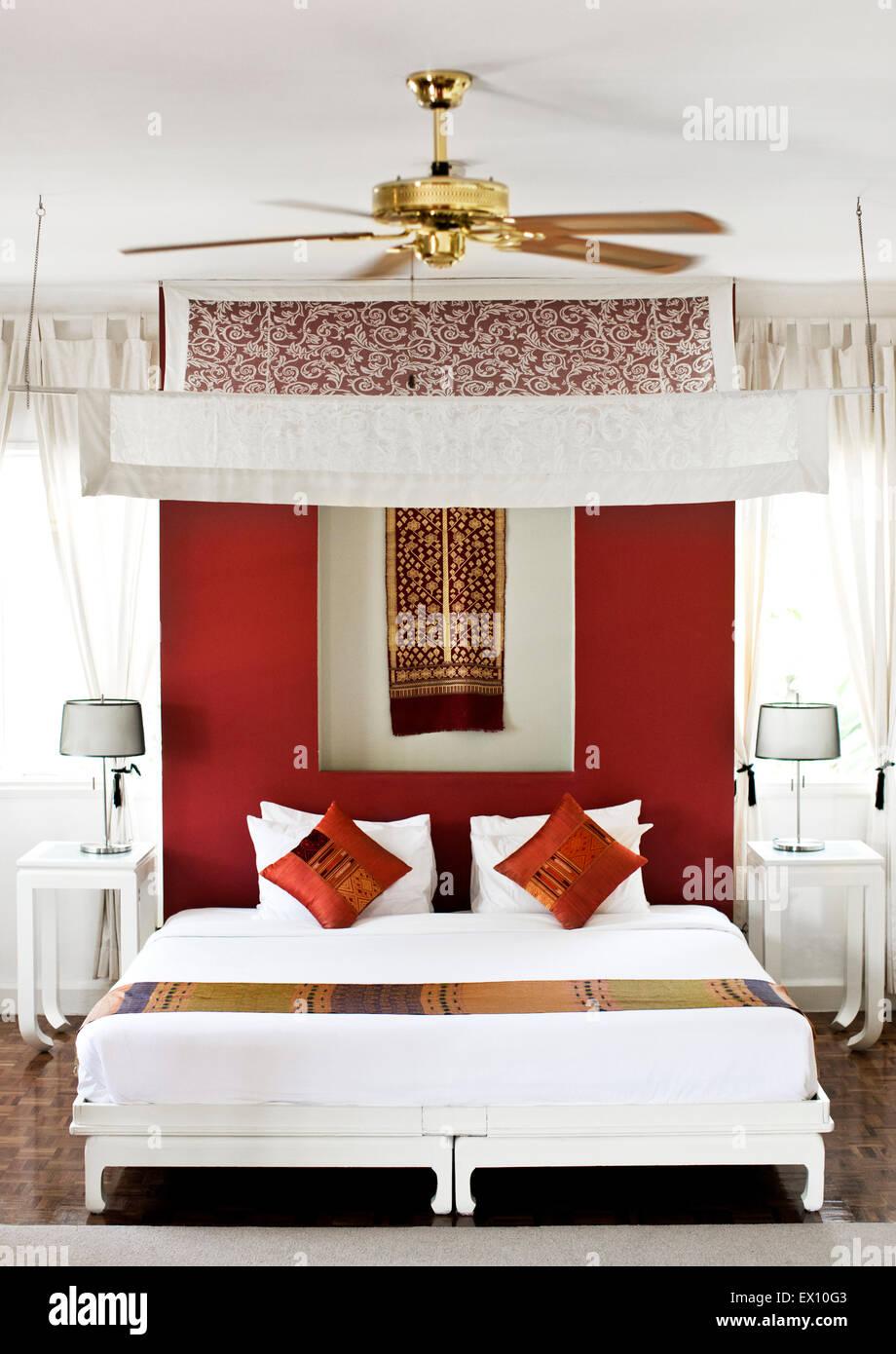 Il 'Maison' Camera - ex camera da letto del principe. Maison Souvannaphoum da Angsana Hotel. Luang Prabang, Immagini Stock