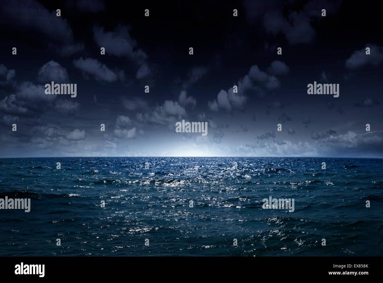 Notte Mare Loceano Come Uno Sfondo Naturale Foto Immagine Stock
