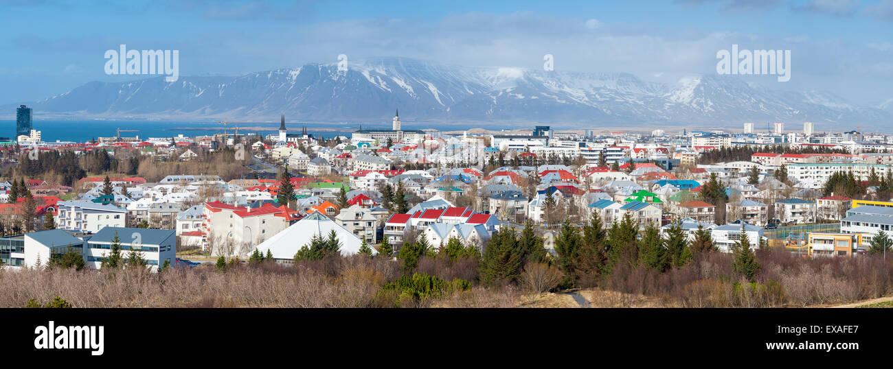 Vista panoramica di tutta la città di Reykjavik, Islanda, regioni polari Immagini Stock