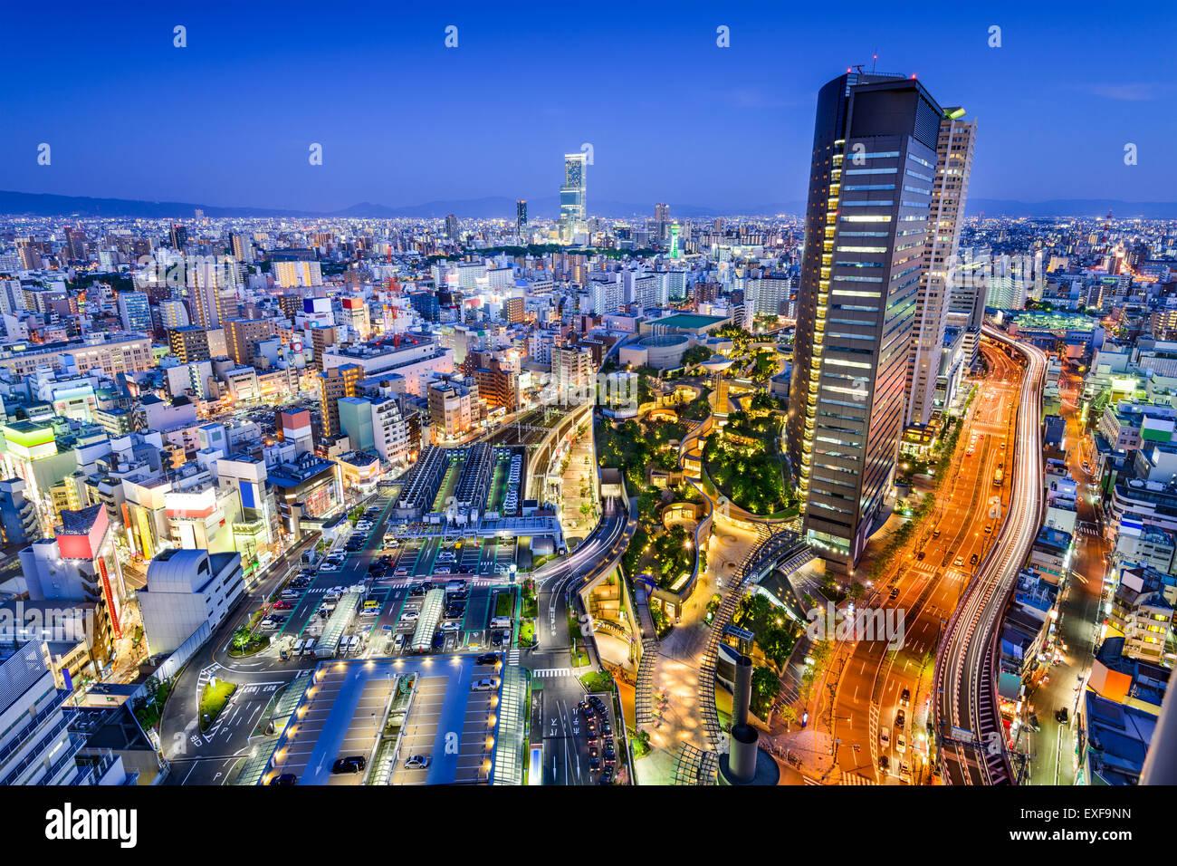 Osaka, Giappone skyline della città affacciato sul quartiere Namba. Immagini Stock