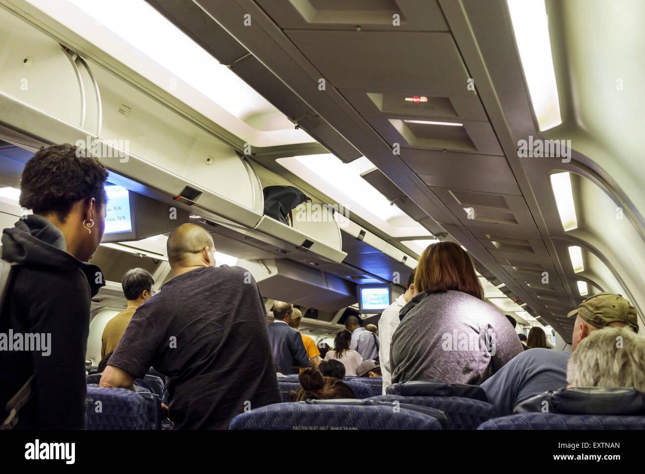 Dallas Texas Dallas Ft. Aeroporto Internazionale Fort Worth DFW American Airlines cabina di un aereo imbarco arrivo Immagini Stock