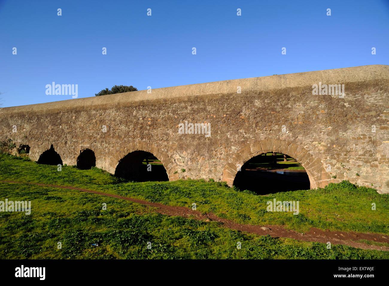 Acquedotto Acqua Marcia.Italia Roma Parco Degli Acquedotti Acquedotti Park