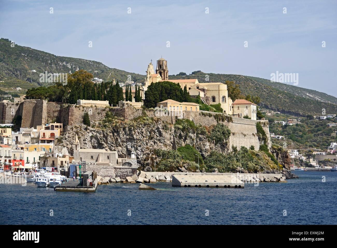 Castello, Burgberg, isole Lipari, Sicilia, Italia, Europa Immagini Stock