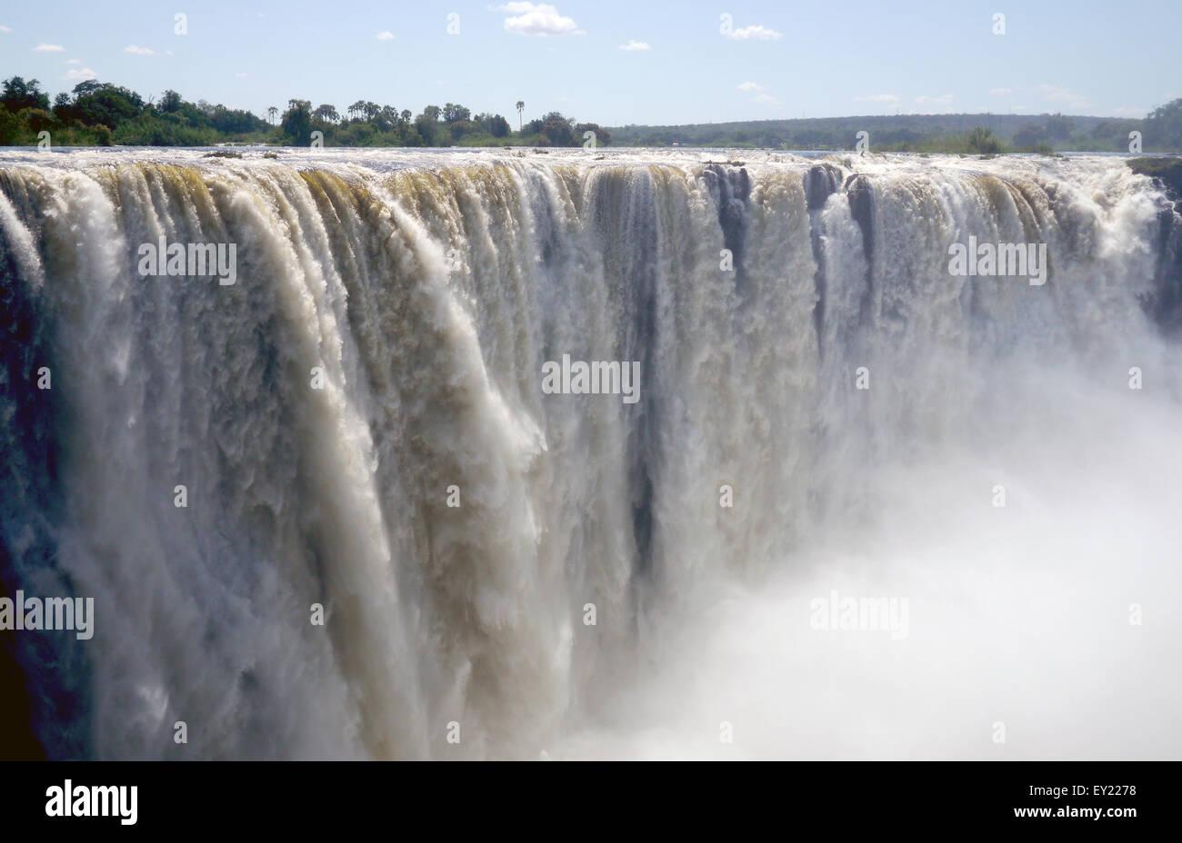 Victoria falls sul fiume Zambesi, Zimbabwe Immagini Stock