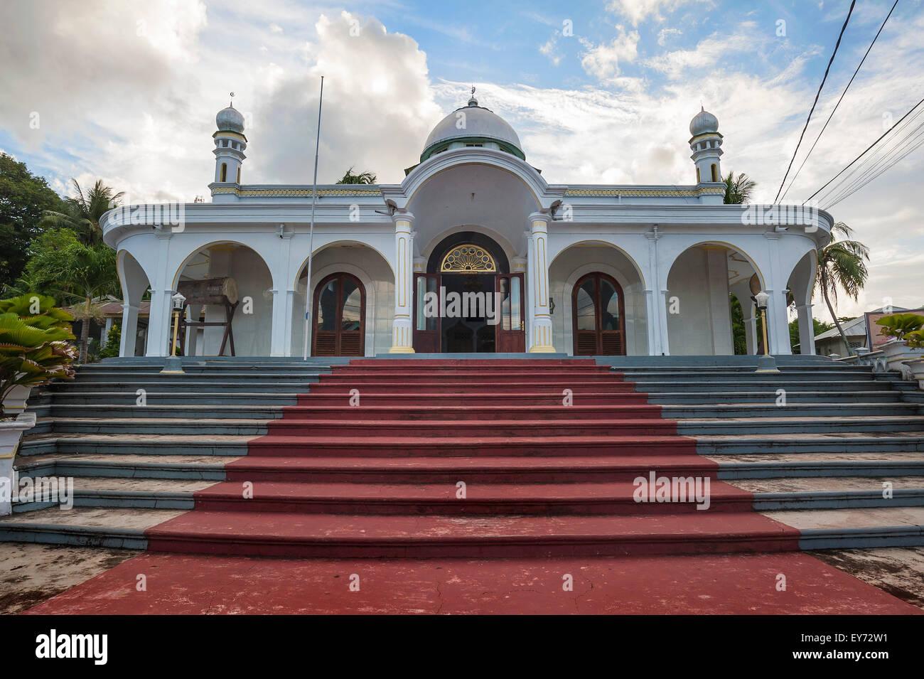 La moschea, Banda Neira, Banda isole, ISOLE MOLUCCHE, INDONESIA Immagini Stock