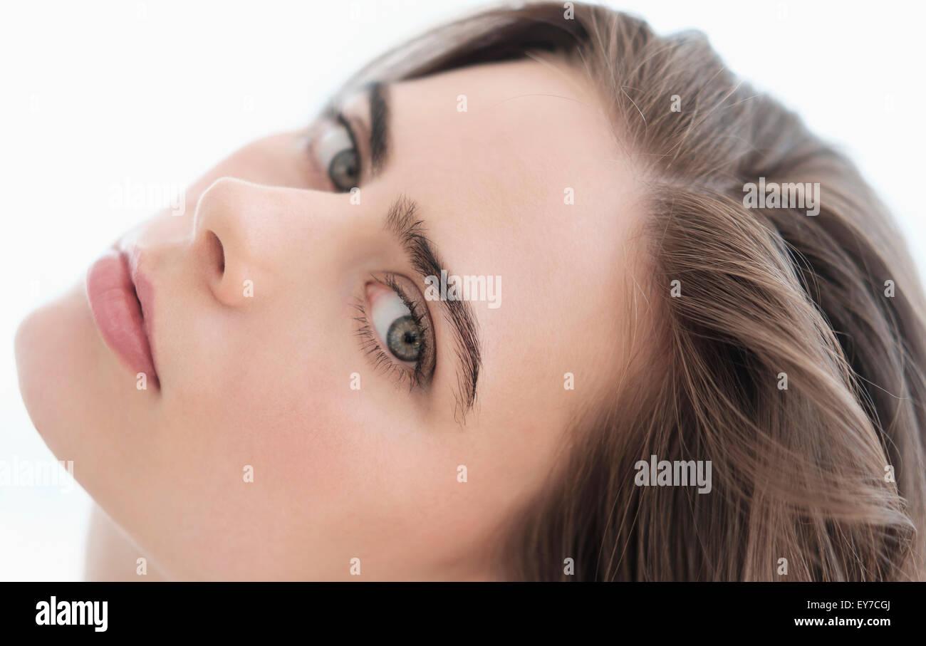 Ritratto di attraente giovane donna Immagini Stock