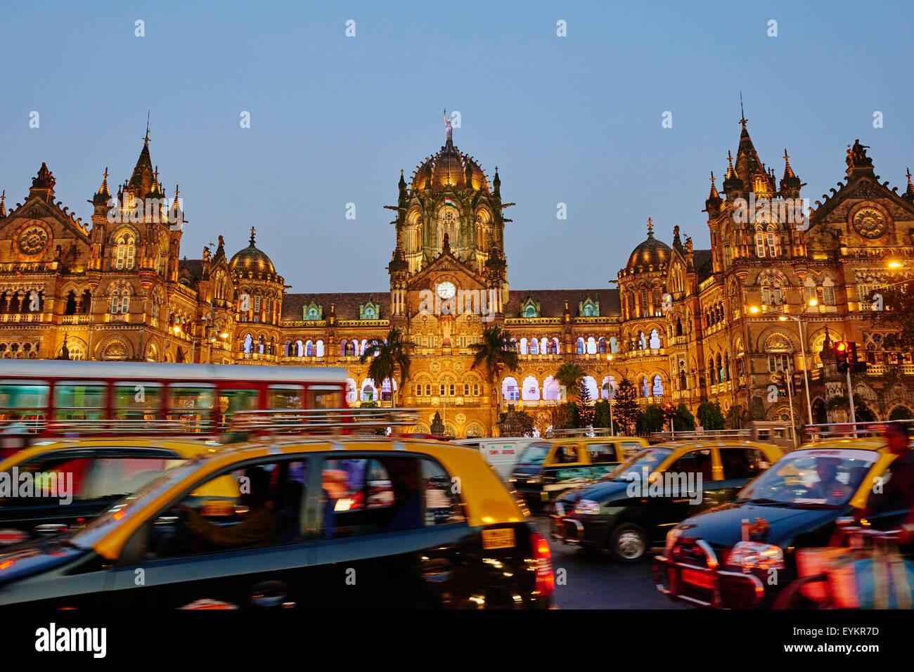 India Maharashtra, Mumbai (Bombay), Victoria terminus ferroviario o stazione di Chhatrapati Shivaji Immagini Stock