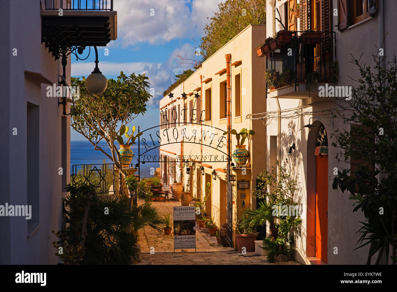 Hotel layout in Scopello, Sicilia, Italia, Immagini Stock