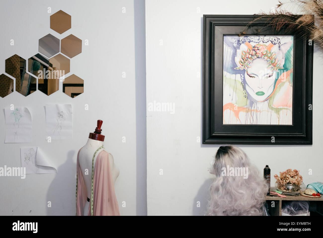 Decorazione di una drag queen's appartamento Foto Stock