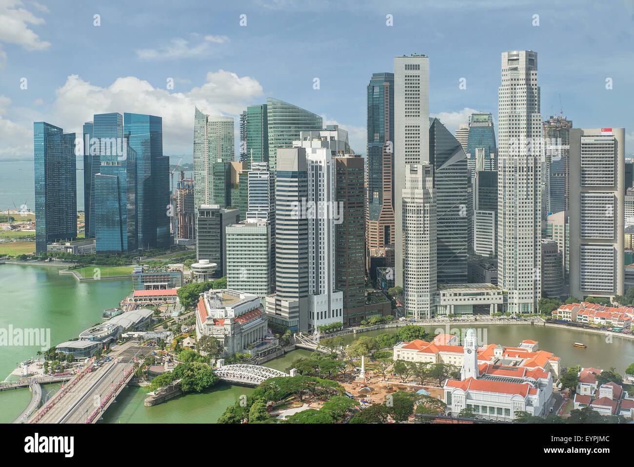 Lo skyline di Singapore. Singapore dal quartiere degli affari. Immagini Stock