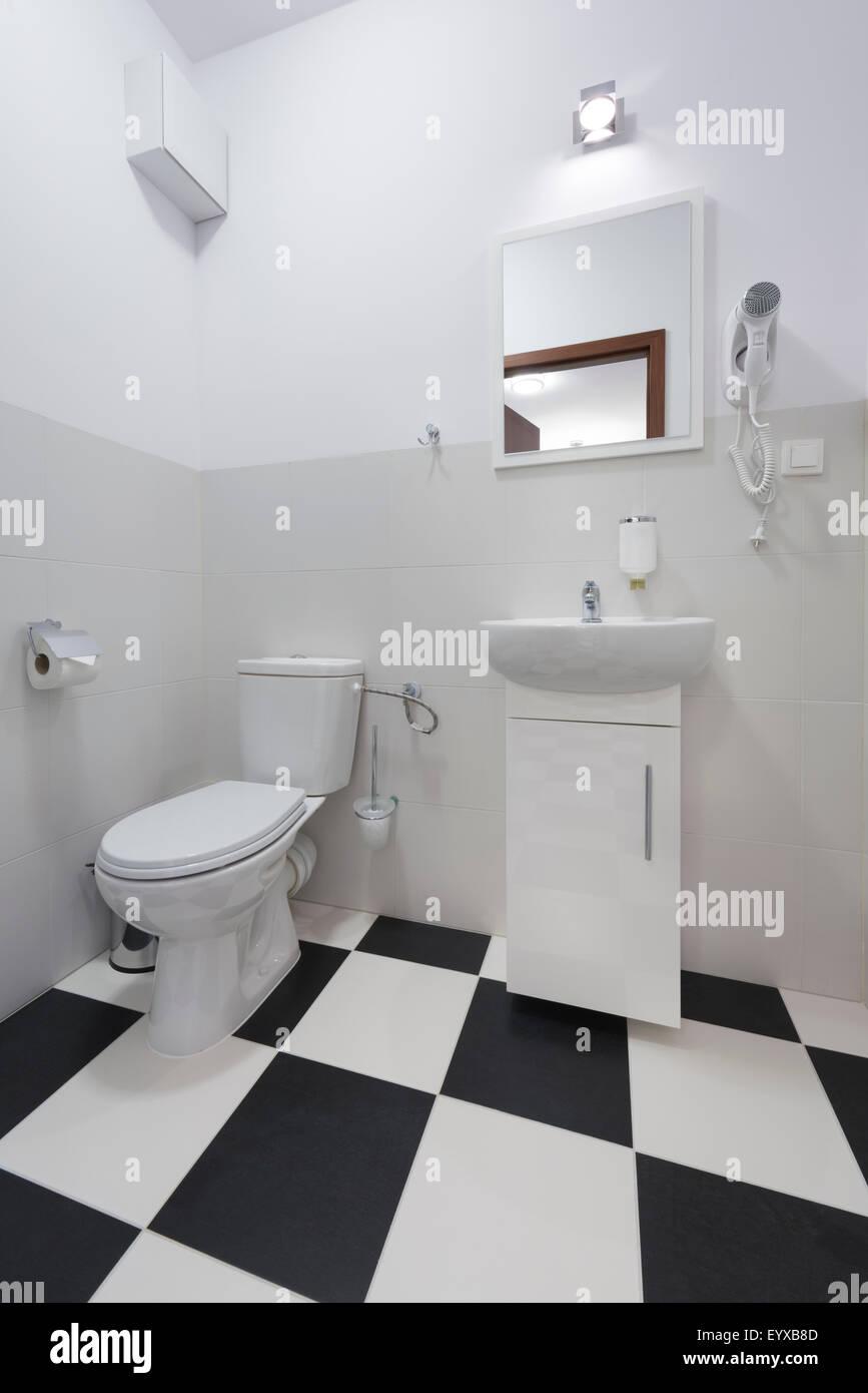 Bagno Moderno Bianco E Nero.Bagno Moderno In Bianco E Nero Style Foto Immagine Stock