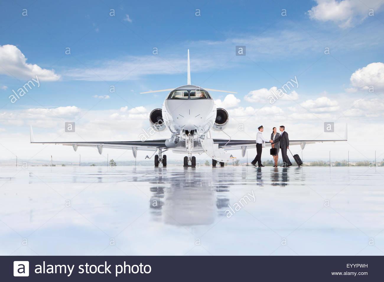Jet Privato Bologna : Iran cade jet privato morte figlia di magnate turco e sue