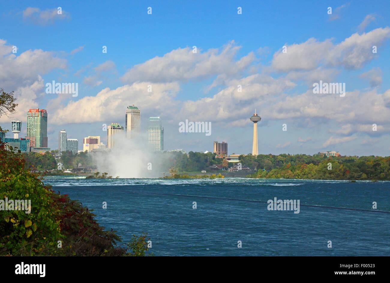 Cascate del Niagara, sea spray a headwater, Canada Ontario, Niagara Immagini Stock