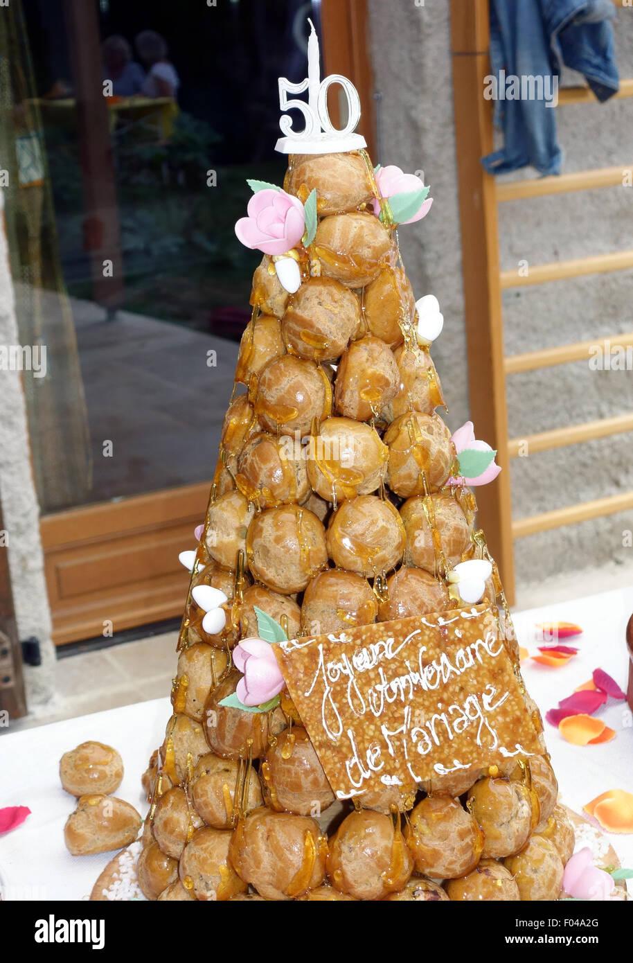 Anniversario Matrimonio Francese.Torta Celebrando Cinquantesimo Anniversario Di Matrimonio Francia