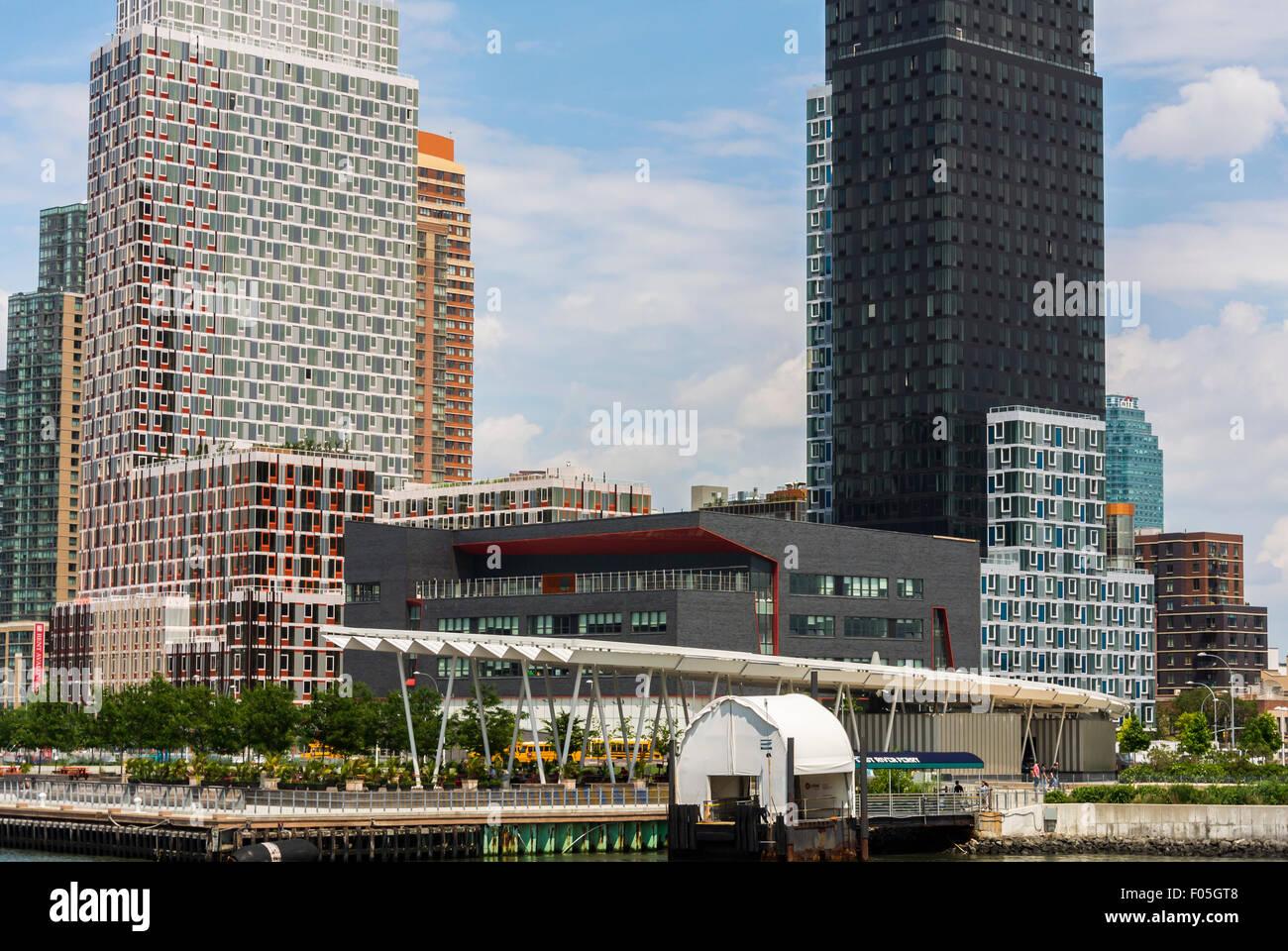 New York City, NY, STATI UNITI D'AMERICA, nuovi moderni edifici in vetro su il cacciatore punto, South Park, Immagini Stock