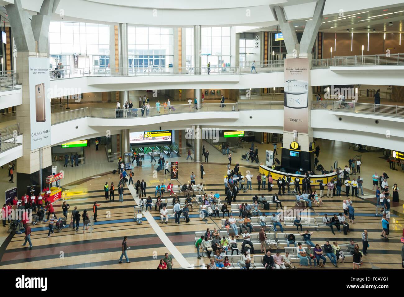 Sala degli Arrivi presso l'Aeroporto Internazionale OR Tambo di Johannesburg, provincia di Gauteng, Repubblica Immagini Stock