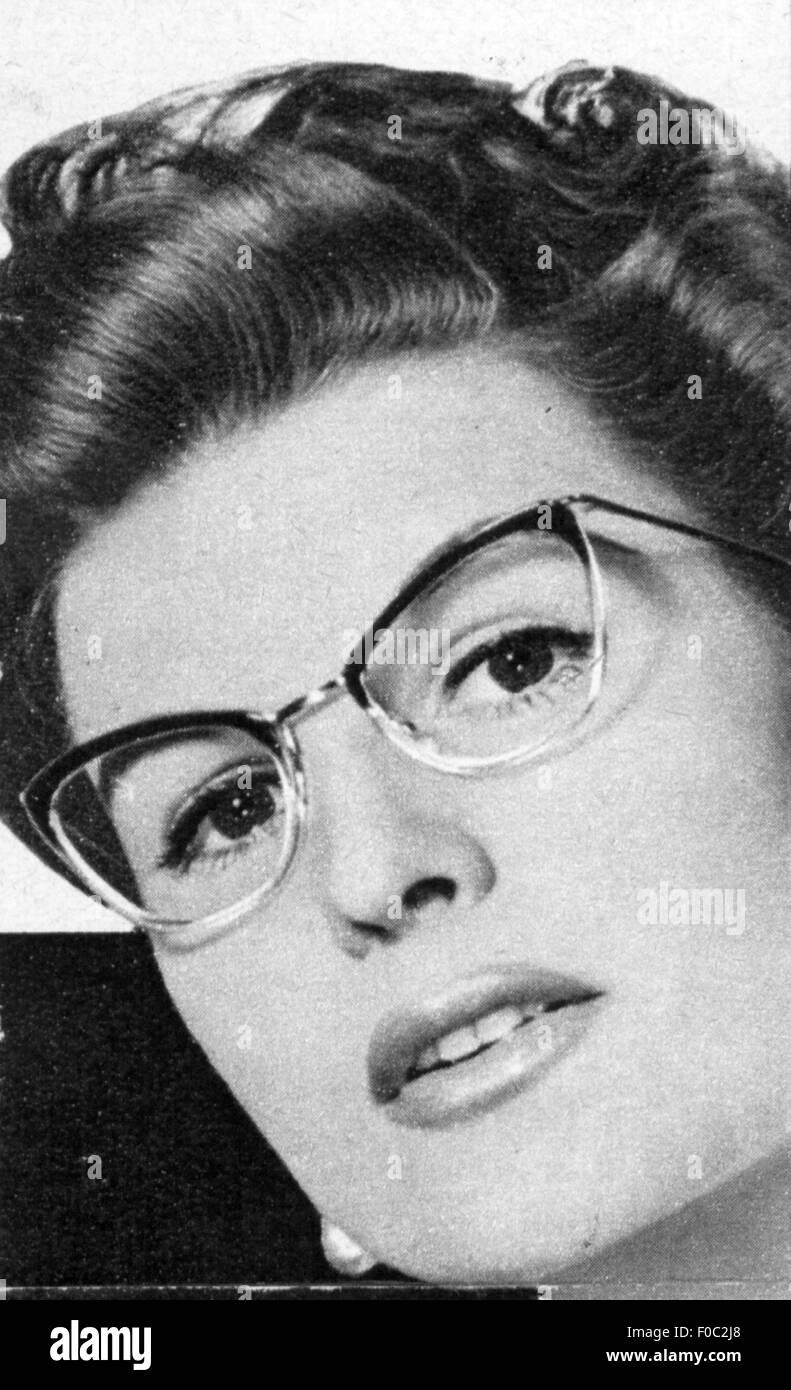 Gli MedicinaOftalmologiaDonna Di Con OcchialiDalla Pubblicità bfvym7Y6gI