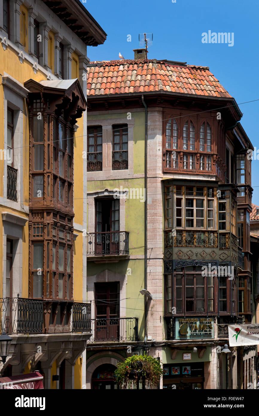 Architettura tipica della regione,Llanes,Asturias,Spagna settentrionale,l'Europa Immagini Stock