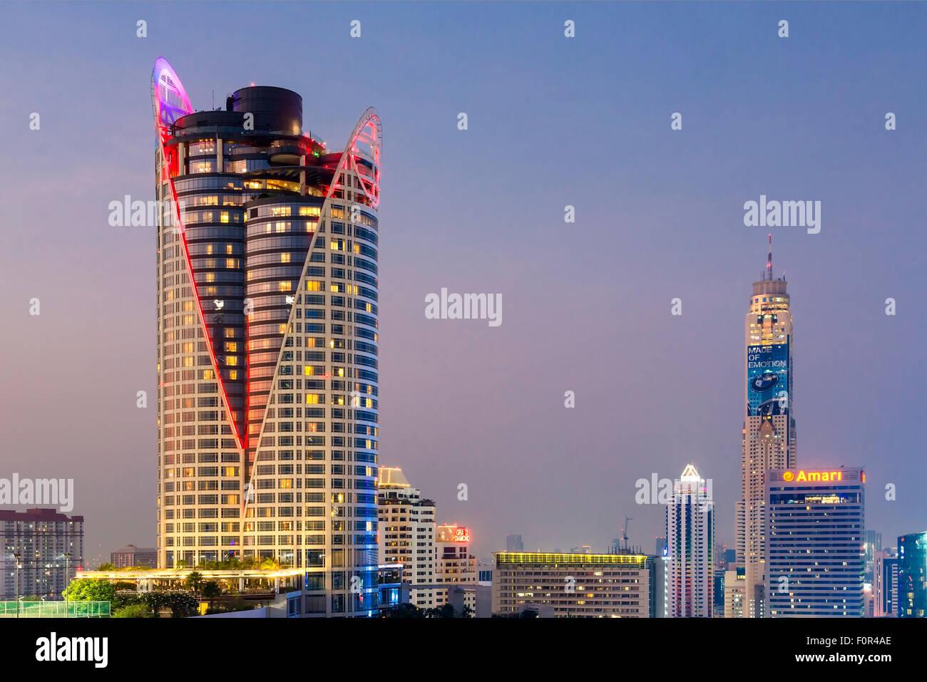 Lo Skyline di Bangkok con il Centara Grand Tower e Baiyoke Sky Hotel Immagini Stock