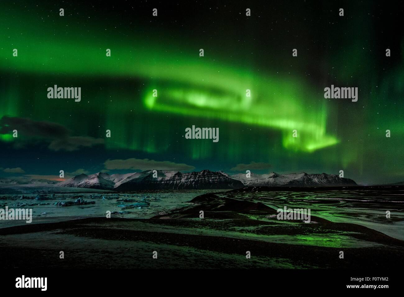 Luci del nord, Lago glaciale a sud, Islanda Immagini Stock