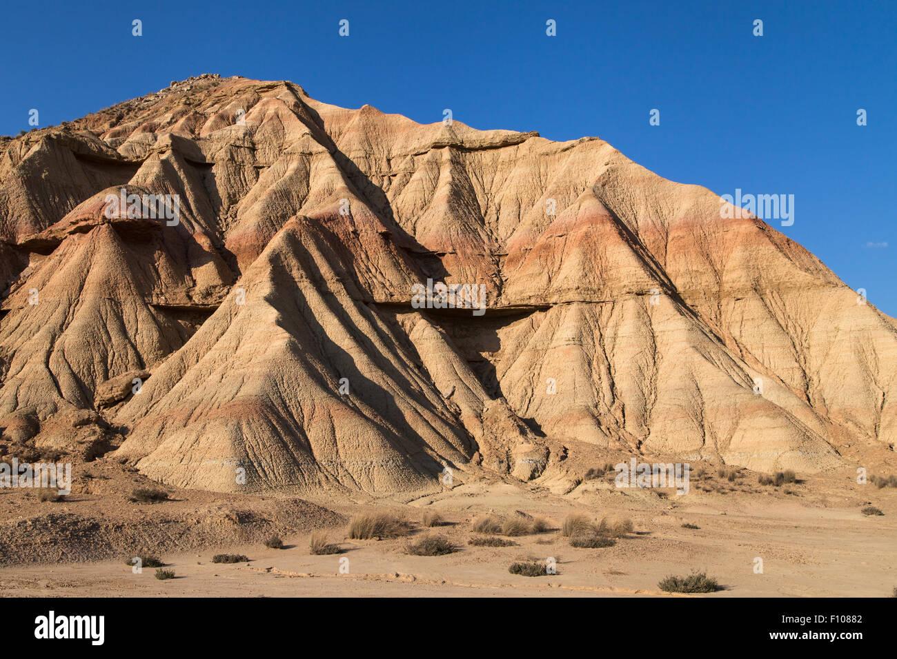 Landforms in Bardena Blanca, Bardenas Reales, Navarra, Spagna. Foto Stock