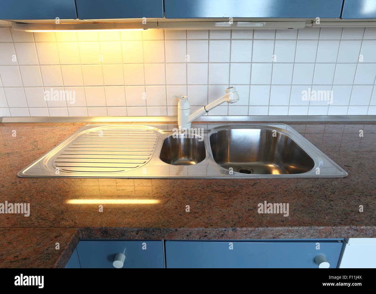 Marmo e piastrelle cucina Foto & Immagine Stock: 86702698 - Alamy