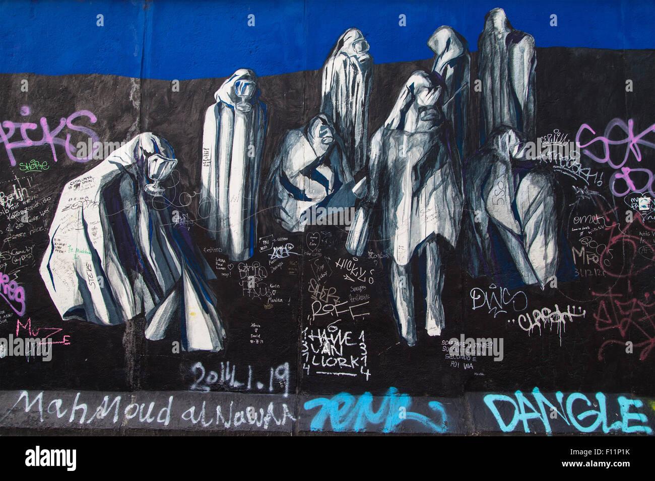 Ohne Titel da Ana Leonor Madeira Rodrigues sulla East Side Gallery di Berlino, Germania. Immagini Stock