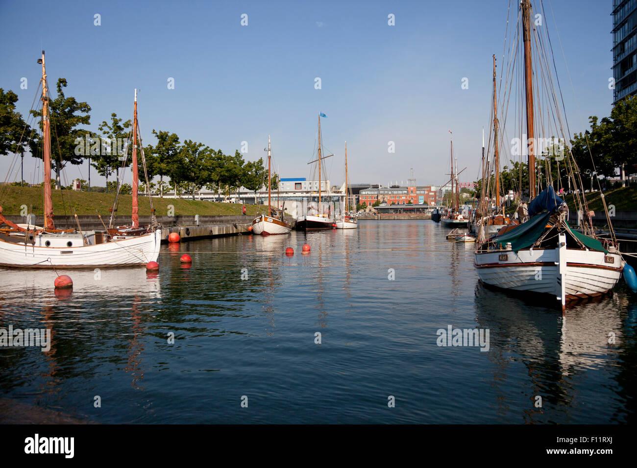 Navi tradizionali al Germania Harbour, Kiel, Schleswig-Holstein, Germania Immagini Stock