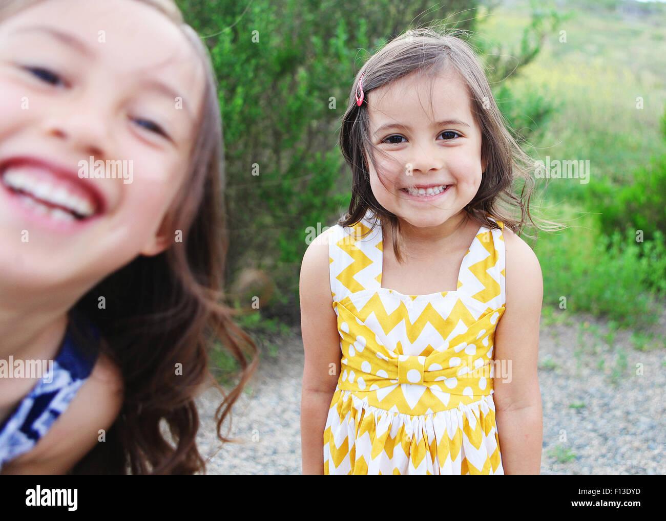 Due ragazze ridere Immagini Stock
