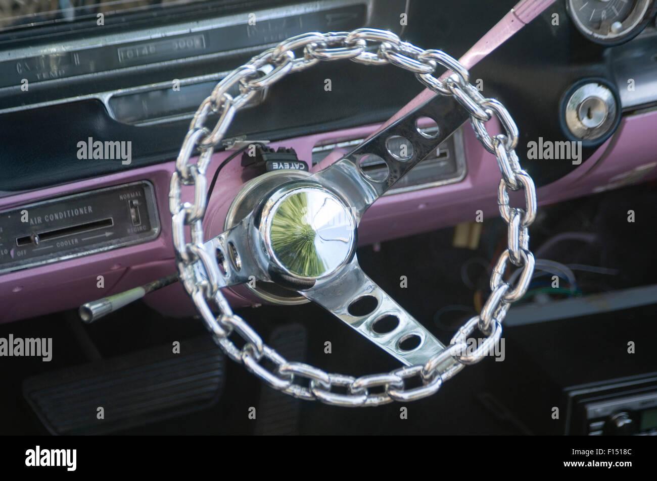 Catena di collegamento volante ruote opaco custom auto automobili personalizzate personalizzati Immagini Stock