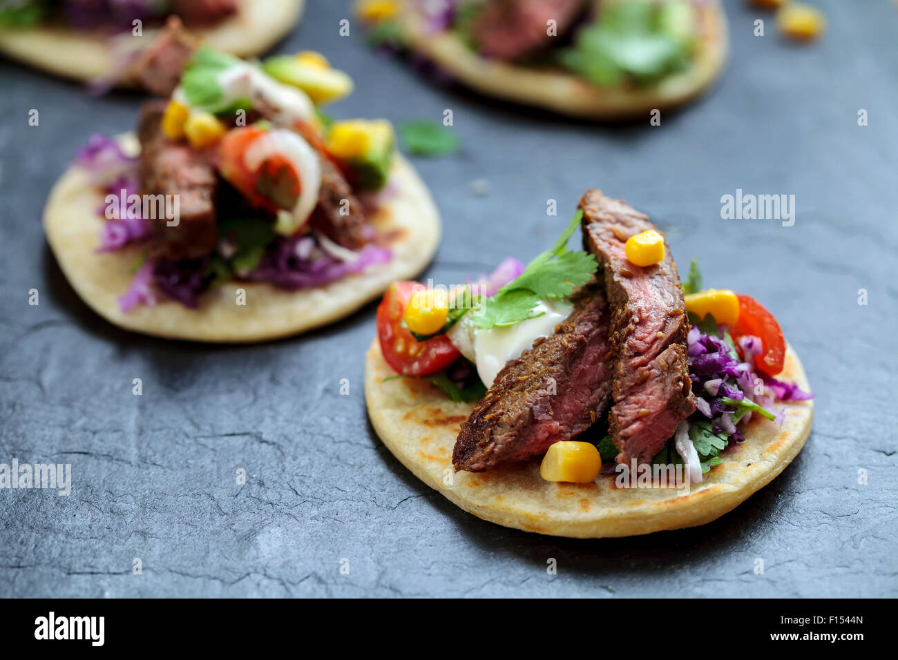Mini bistecca tortillas Immagini Stock