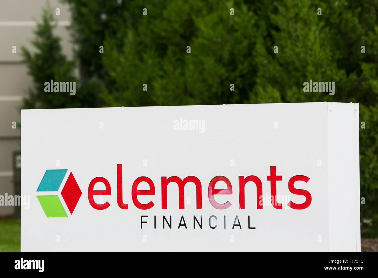 Un segno del logo al di fuori di una struttura occupata dagli elementi in Finanziaria Greenfield, Indiana, il 15 Immagini Stock