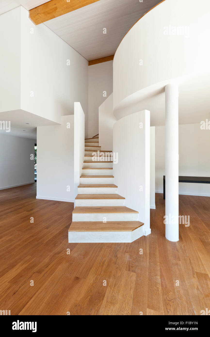 Interno casa moderna la scala il pavimento in parquet for Casa moderna parquet