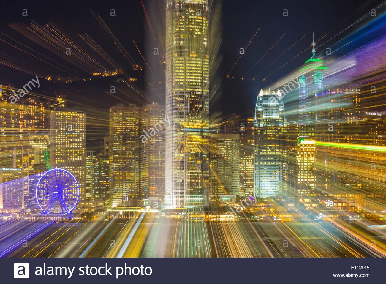 Lente zoom sfocato, una lunga esposizione di grattacieli sull isola di Hong Kong di notte, Isola di Hong Kong, Hong Immagini Stock