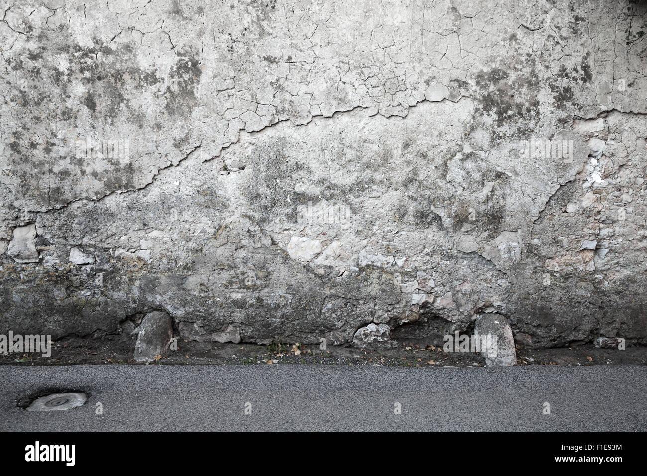 Ripristino parete interno ed esterno per infiltrazione umidità