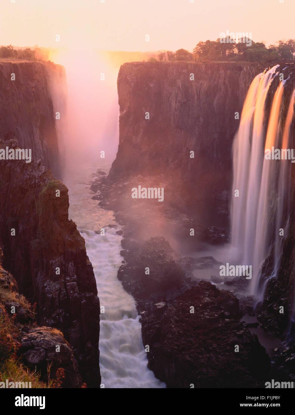 Victoria Falls Zambezi River Zimbabwe, Africa Immagini Stock