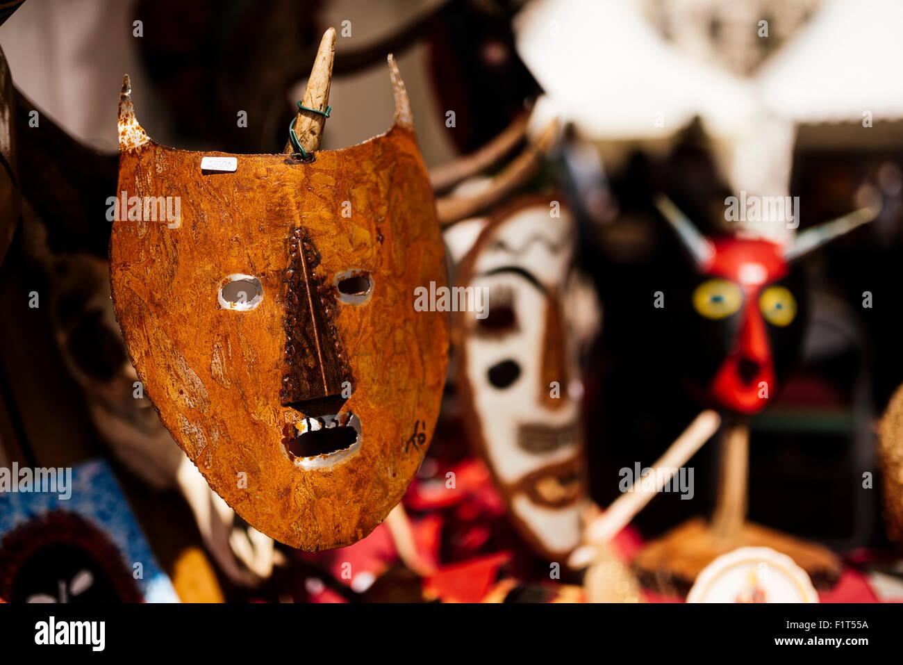 Maschera tradizionale stallo in Praca do Rossio, Lisbona, Portogallo, Europa Immagini Stock