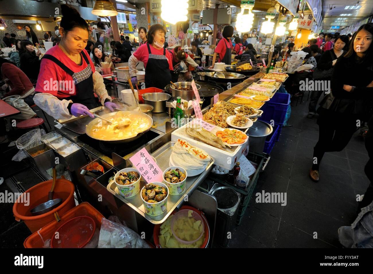 Taiwan, Taipei, distretto di Datong, Dadaocheng, Dihua Street, food court e ristoranti nel grande Shilin night market Immagini Stock