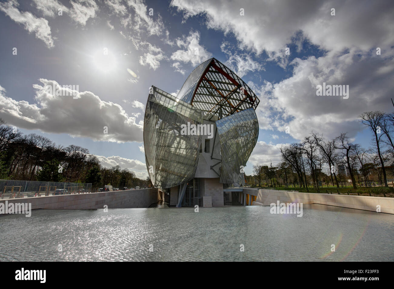 Museum immagini museum fotos stock alamy for Architettura a parigi