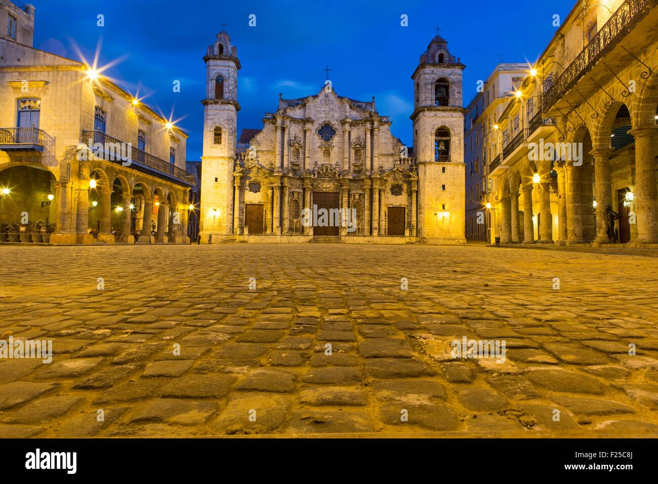 Cuba, Ciudad de la Habana Province, La Havana, La Habana Vieja district elencati come patrimonio mondiale, la piazza Immagini Stock