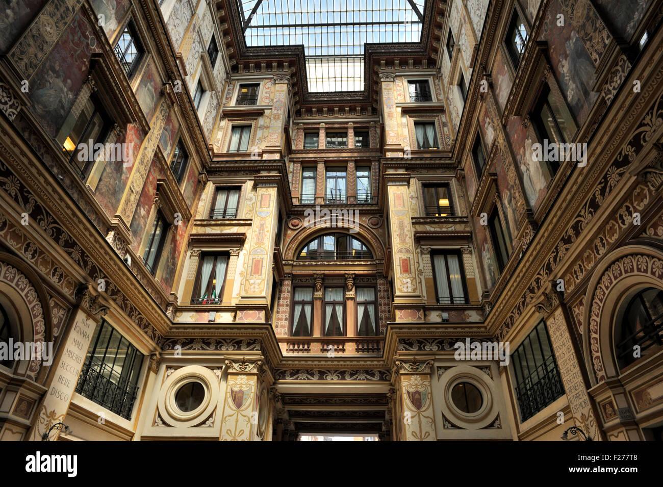 Italia, Roma, piazza dell'oratorio, galleria sciarra, edificio in stile liberty Immagini Stock