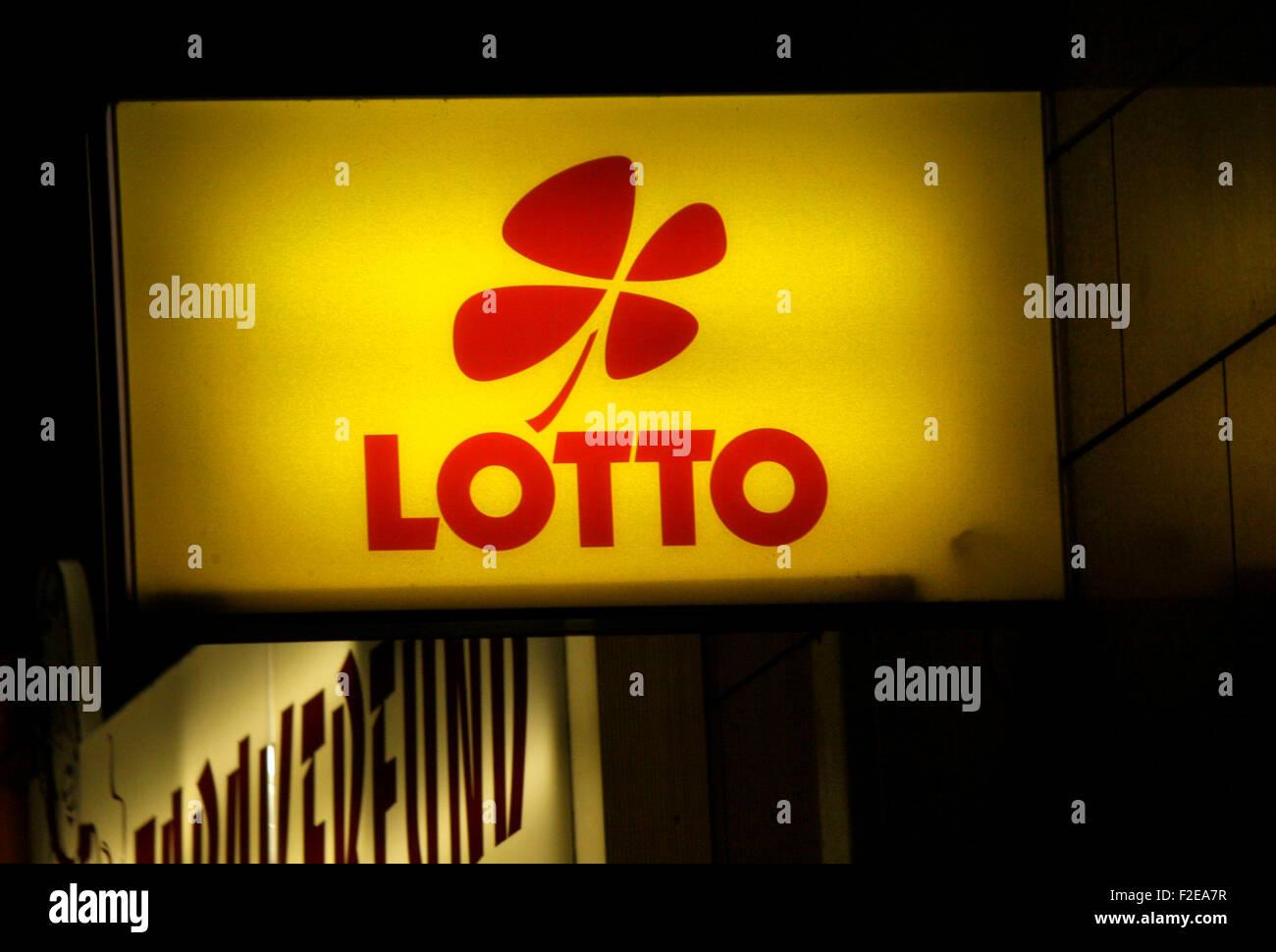 """Novembre 2013 - BERLINO: marchi: il logo dello stato tedesco lotteria """"Lotto"""", Berlino. Immagini Stock"""