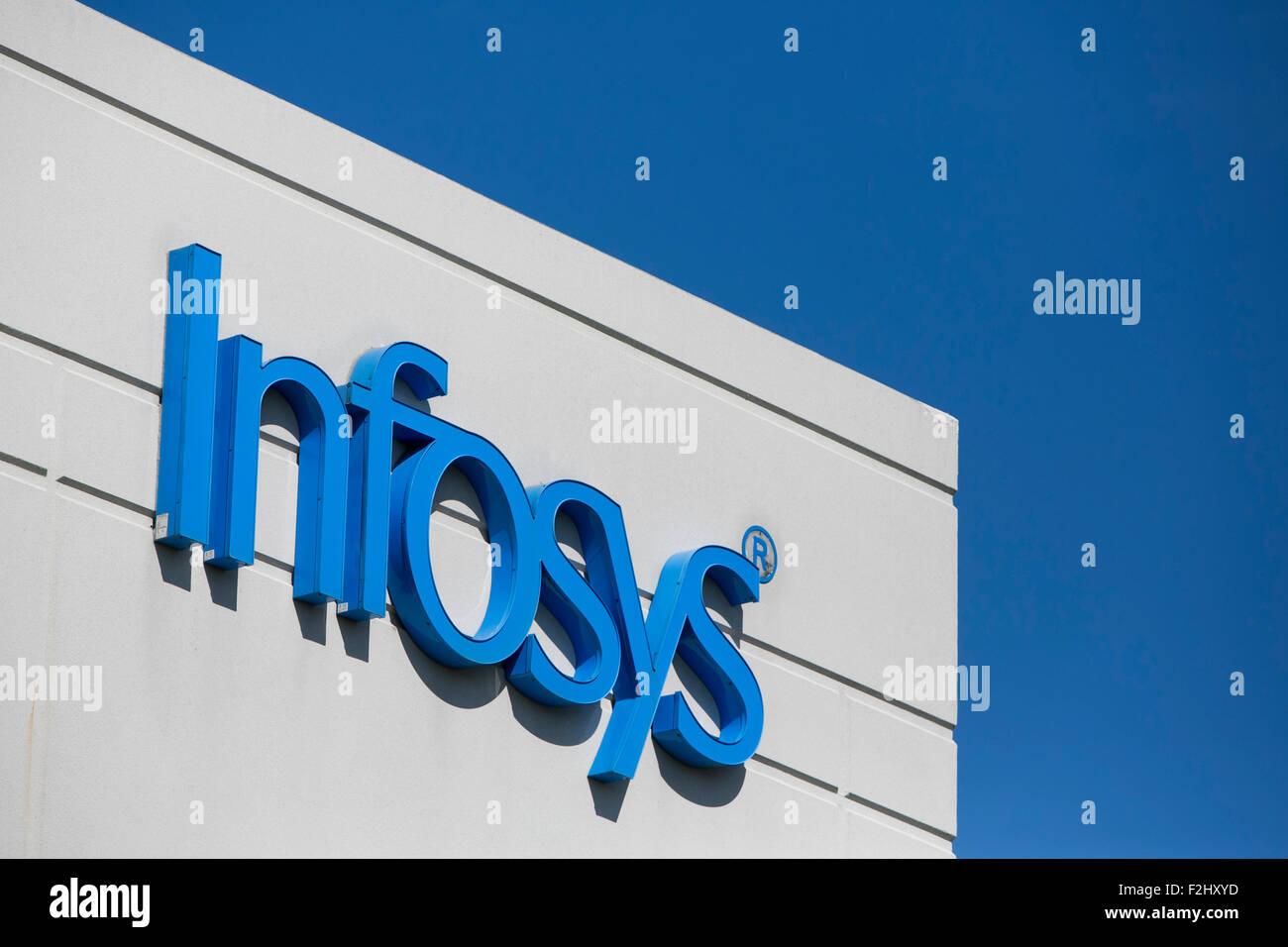 Un segno del logo al di fuori di una struttura occupata da Infosys limitata a Plano, in Texas, il 12 settembre 2015. Immagini Stock